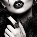 リング/Black Widow Ring in Black【The Rogue + The Wolf】